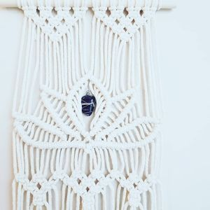 Other - Macrame Wall hanging - Lotus with Amethyst crystal